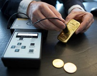 How to identify fake gold