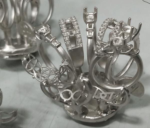 Platinum ring casting